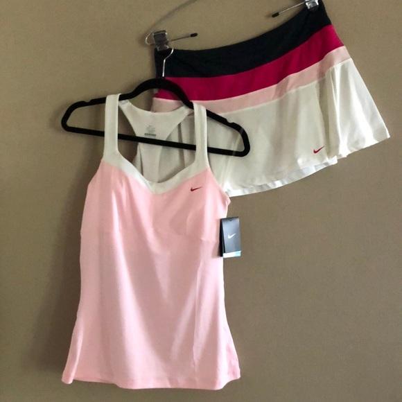 Nike Women's Tennis Set